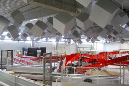 Decke Schalldammung Planen : Akustikdecke deckensystem lärmminderung industriehalle